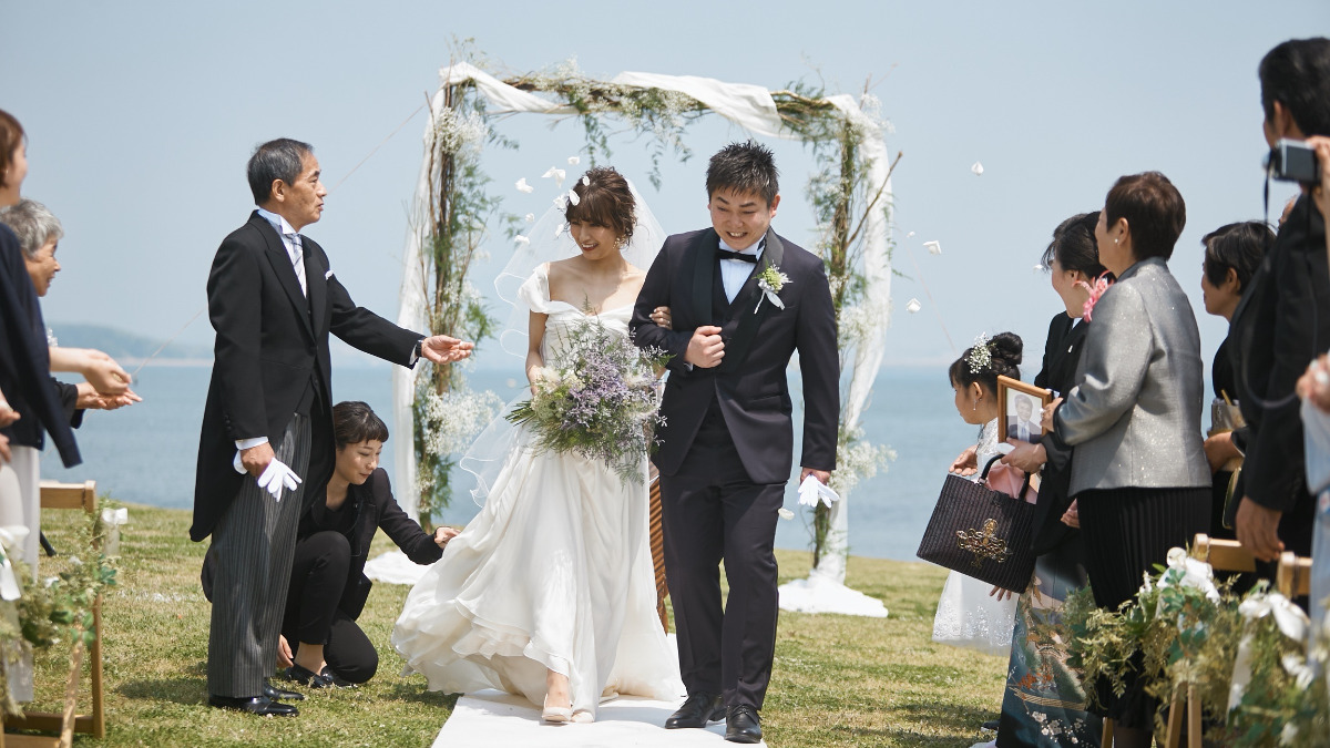 テーマは「ガーデンナチュラル」*国内リゾートで海外風の結婚式!