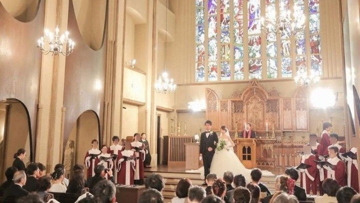 お気に入りのドレスの美しさにうっとり*大聖堂で誓う永遠の愛