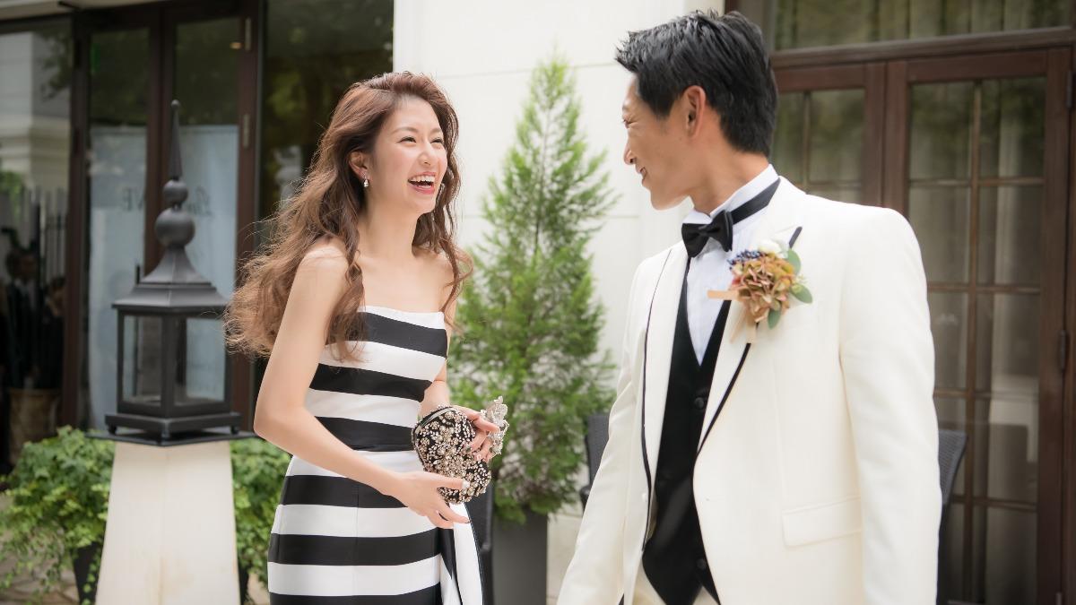 「自分らしさ」をテーマに!一目惚れのカラードレスを身にまとった秋婚