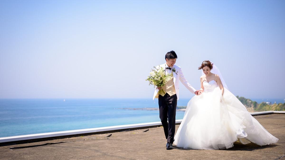 湘南の海が見えるスカイチャペルに一目惚れ!ナチュラルウェディング