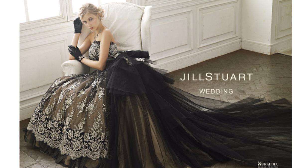 白ではなくあえて黒に♪大人かわいいブラックウェディングドレス