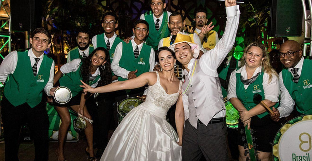 世界の結婚式】お祭り好きの血が...