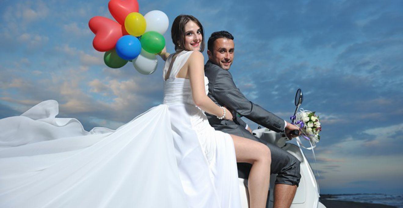 結婚式におすすめ!<電報・祝電>デザイン&メッセージまとめ
