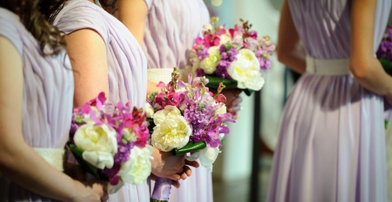 828f7d697c4aa 結婚式お呼ばれゲスト向けパーティーバッグの選び方&マナー