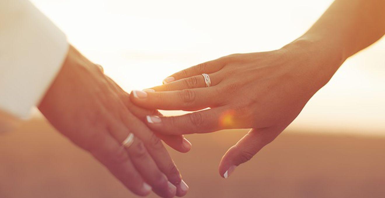 【結婚指輪】人気デザインの魅力とおすすめの形