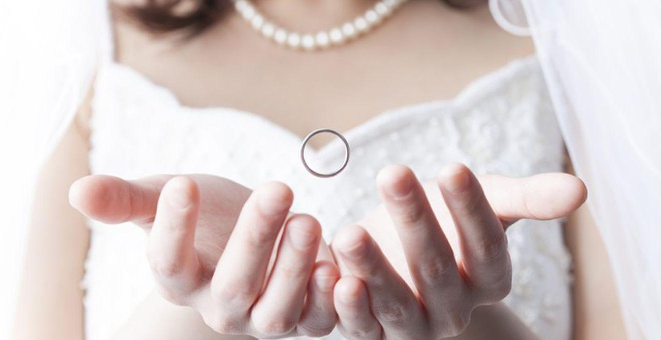【2014年版】結婚指輪の素材、人気はプラチナ・ゴールド!!