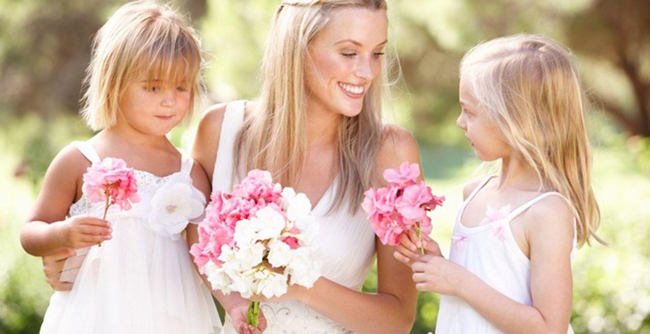 3e46abde1a9a7 家族の協力も! 結婚式での新郎新婦と家族による演出