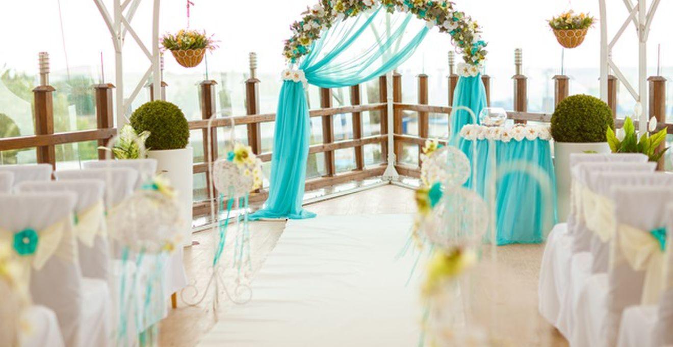 結婚式場選びや決め方、決め手となるポイント最新事情