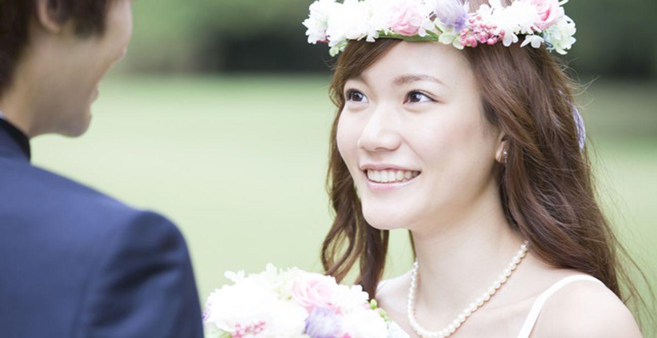 結婚式で人気の花冠!! たったの5分で手作りできる裏ワザ教えます