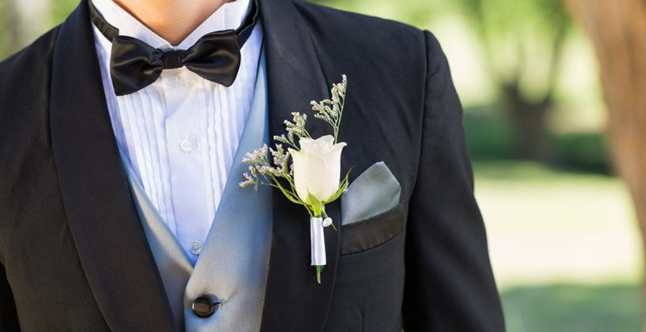 69d874de03c70 結婚式に新郎が着るタキシードのデザイン画像まとめ