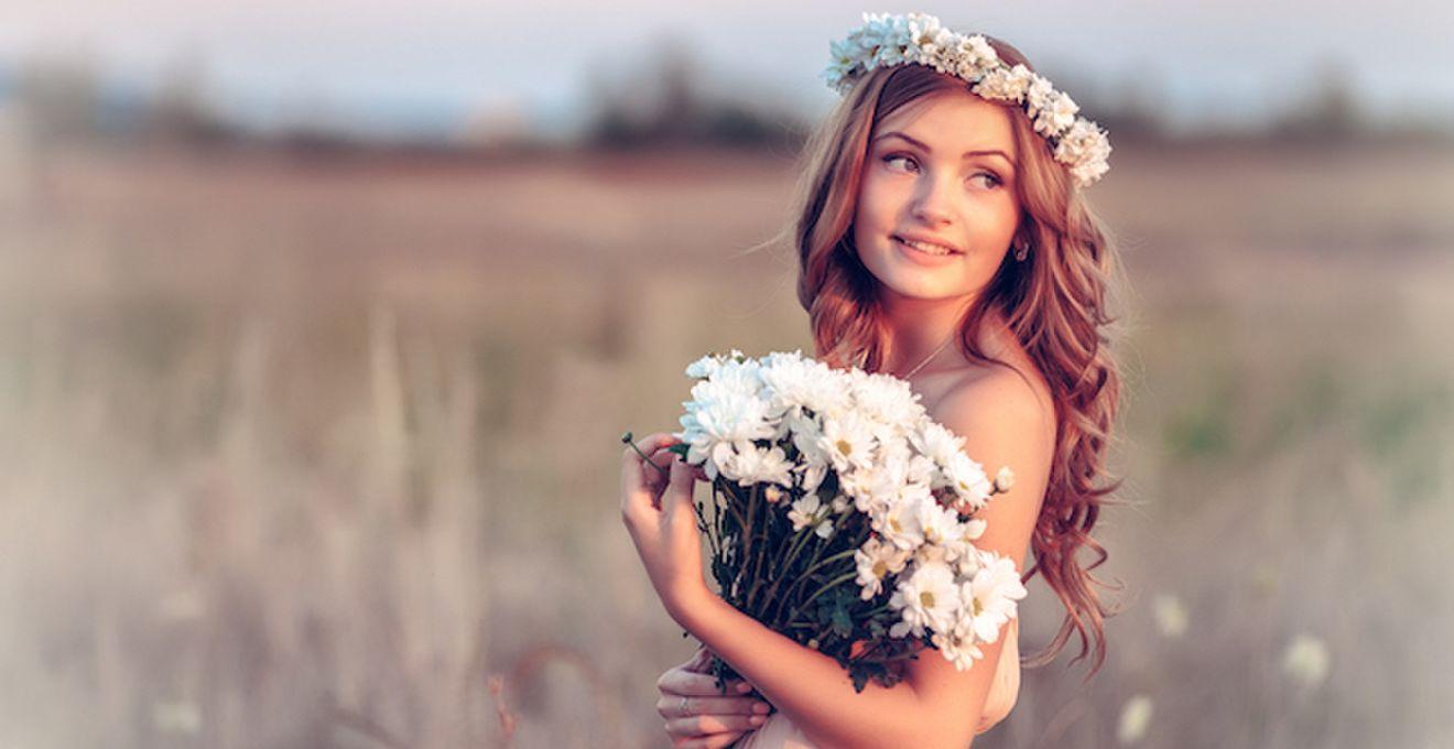 生花のヘッドドレスでナチュラル系花嫁に♪ウェディングヘアアレンジ