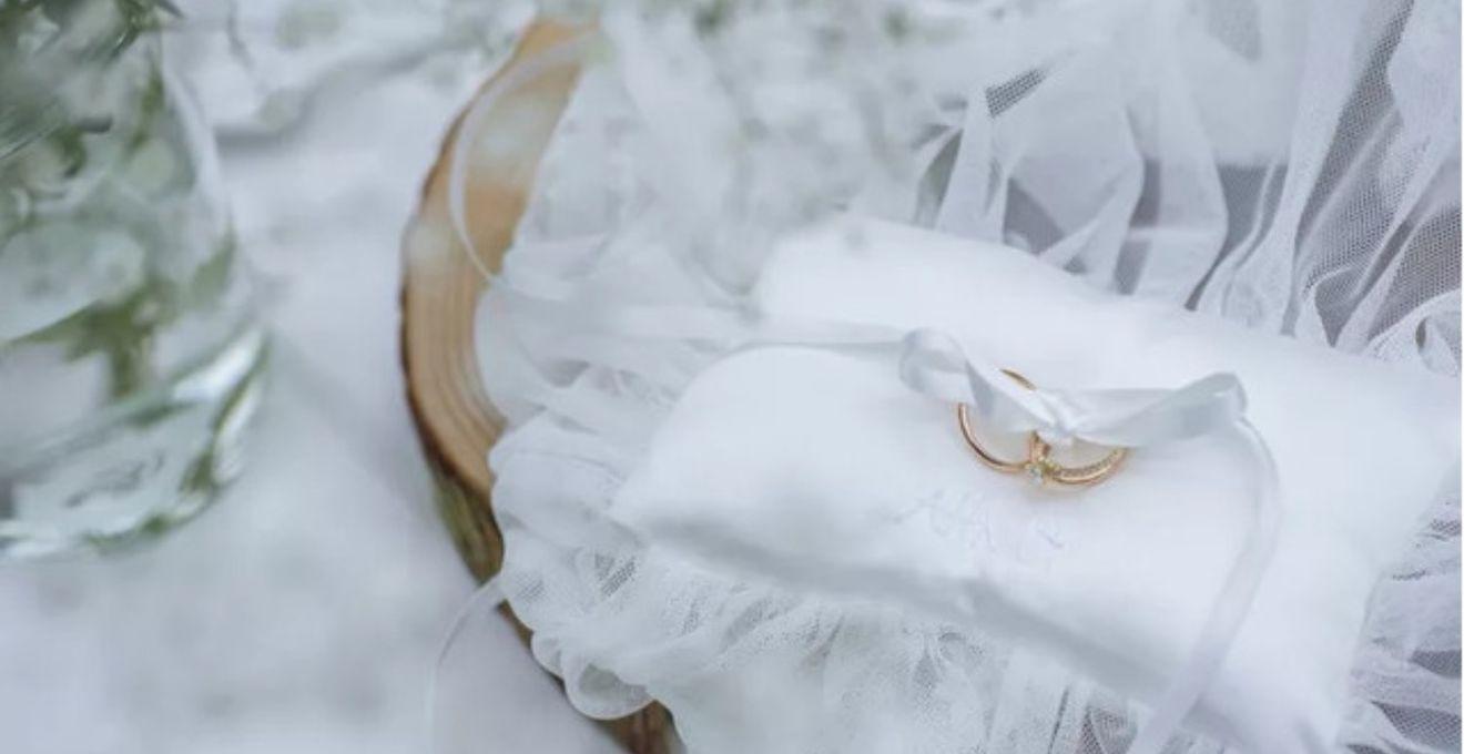 結婚指輪は【ゴールド】にしました♪こだわり派のリング選び実例ご紹介!