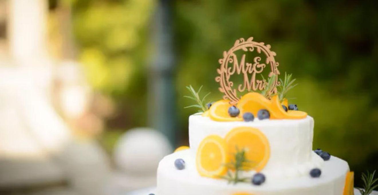 大人かわいい*≪シンプルなウェディングケーキ≫が大人気なんです♪