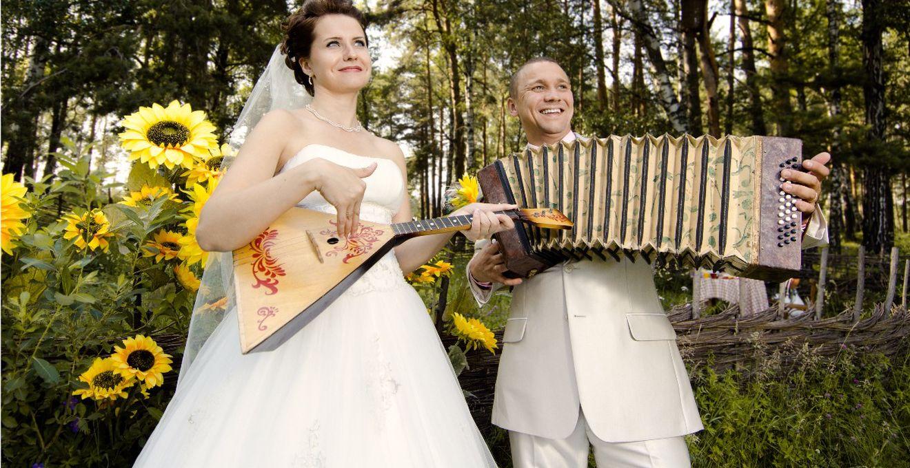 結婚式で使う曲・BGMが費用に影響!?音楽と著作権のこと
