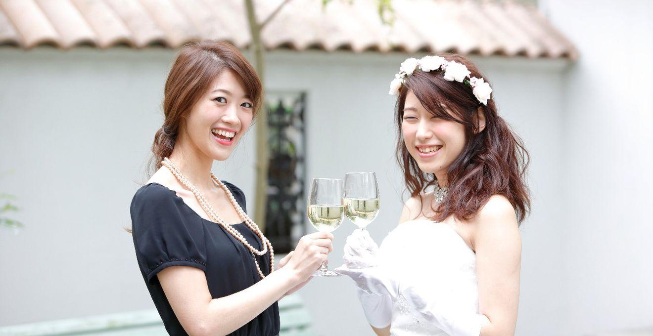 ce5cf0bd022d1 カジュアルな結婚式や1.5次会向け!ゲストの服装マナー