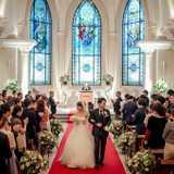 結婚式で選ばれ続ける《教会式(キリスト教式)》とは?流れや人気の演出をご紹介!
