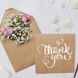ゲスト向け 結婚式招待状《出席・欠席》返信マナーと書き方[メッセージ例32選]