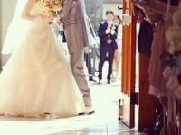 \流行中/扉が閉まるその瞬間に…ロマンティックな「クロージングキス」写真を残そう!