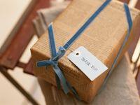 【結婚内祝い】手渡しと郵送どちらが良い?それぞれのメリット