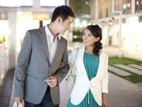 【両親への結婚挨拶】当日の服装や手土産、報告の流れなどマナー