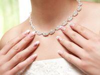 白色が王道!? 20代女性が選ぶブライダルネイルのデザイン