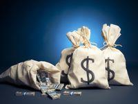 結婚式や新居用に貯金しておきたい金額は?