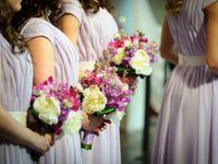 地域の風習? 結婚式に近所の人を招待するのはよくあること?