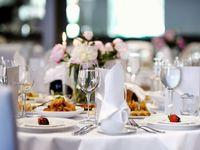 結婚式披露宴の料理費用を値上げ・値下げした理由
