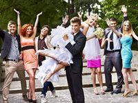結婚式を盛り上げる!! ブーケトスの演出アイディア