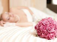 結婚式演出の新提案!! ダーズンローズでバラに込める結婚の誓いとは