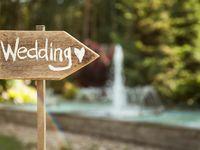 結婚式のアイテムにカリグラフィーフォントを使う方法