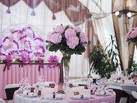結婚式場を実際に訪れる方法(見学やブライダルフェア等)