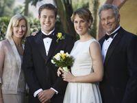 結婚式披露宴で役立つ謝辞のスピーチについて