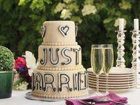 ファミリーウェディングで振る舞われたウェディングケーキの事例ご紹介