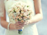 花嫁のブーケ、どう選んだ?テーマを決めて統一感のある式を!