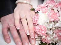 婚約指輪って、いつつけるの?