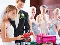 心を込めて「おめでとう」!新郎新婦の心を掴む結婚祝いとは?