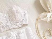 《ブライダルインナー》のおすすめ・人気のブランドを花嫁さんに聞いてみた!