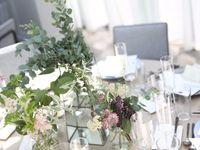 \こっそり教えちゃいます/テーブル装花をコスパよく高見えさせる4つの節約術