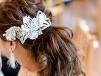 【結婚式の花嫁髪型とヘアアクセサリー】2019年人気をプロのヘアメイクさんに聞いてみた!
