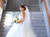 絶対撮り逃したくない《階段》フォトスポットがある結婚式場まとめ(都内)