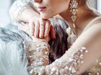 繊細なデザインにうっとり*《コスタレロス》のウェディングドレスで海外花嫁さん風に!