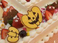 「秋」に結婚式を行うなら♪《ハロウィンウェディングケーキ》ならではの演出を!