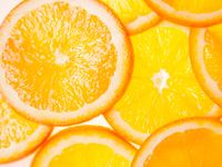 スッキリ爽やかな見た目がかわいい*≪オレンジ断面ケーキ≫を選ぶ花嫁さんが急増中!