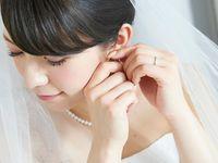 花嫁は変身していく姿こそ美しい!絶対カメラに収めておきたい《お支度ショット》で人気のシーンまとめ*