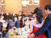 思わずうっとり。【Leaf for Brides( リーフ フォー ブライズ) 】のカラードレスが美しすぎる*