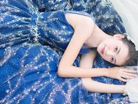【ドレス探し♪】天の川のようなキラキラ×ブルーのドレス♪