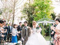 【結婚式拝見】「アンソレイエ」の新緑のガーデンに溢れた笑顔♪12本のバラに託した感謝の気持ち