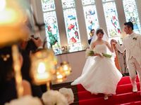 【結婚式拝見】思い描いた会場「大阪セントバース教会」で叶えた荘厳でクラシカルな大人のウェディング