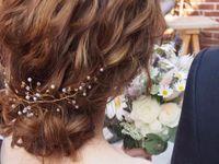 \花嫁ヘアに採用決定!/話題の#小枝アクセサリーを使ったヘアアレンジ♪